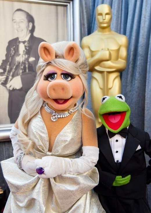 Miss Piggy e Caco no Oscar 2012