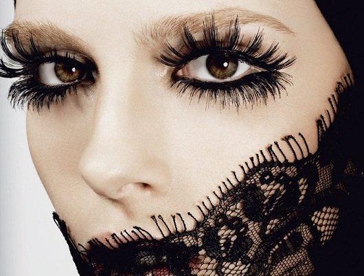 Máscara para cílios: para levantar o olhar na maquiagem